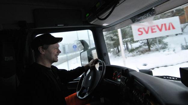 Svevia sköter drift och underhåll av vägarna inom Borås driftområde.