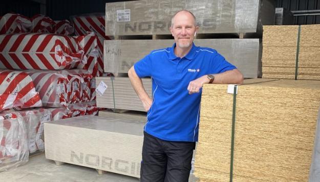 """Efter att ha blivit utsedda till ett Gasellföretag 2020 av Dagens Industri siktar Lindgrens Bygg & Järn och vd Glenn Borg-Nilsson nu på nästa målsättning, att uppnå """"drömgränsen""""; 100 miljoner i omsättning."""